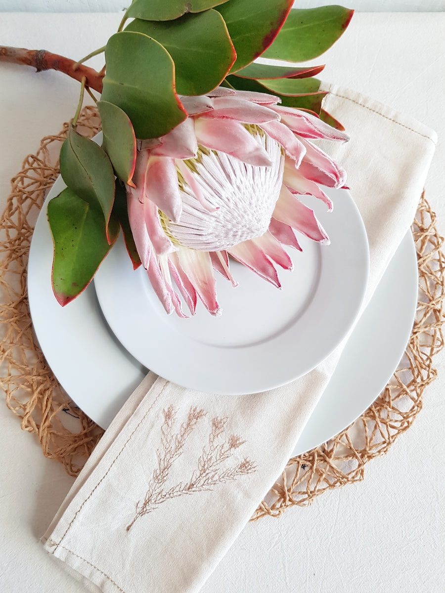 Red Fynbos Napkin set - KNUS