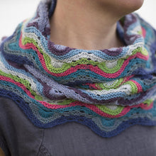 Load image into Gallery viewer, Happit by Kate Davies Betty Mouat Cowl