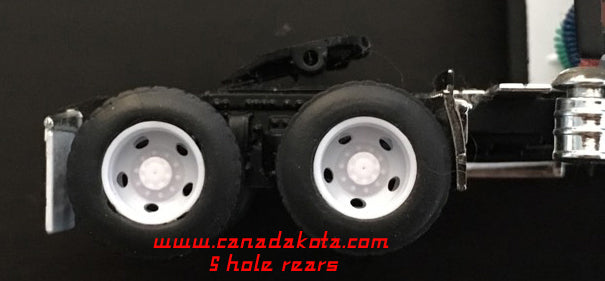 Canadakota 5 hole rear drive wheels white 1/64 set