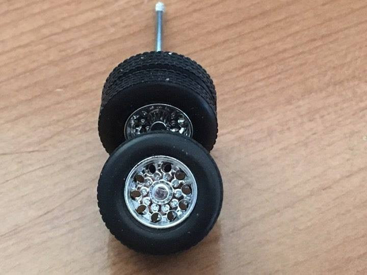 KC3 lowboy wheel sets 1/64