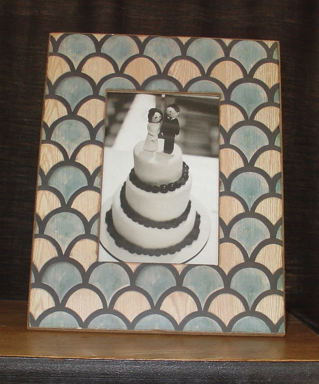L0009 Shabby Chic Scale Wooden Picture Frame