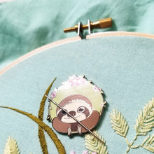 Happy Sloth Enamel Needle Minder