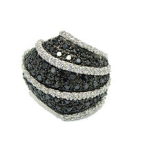 Black and White CZ .925 Sterling Silver Ring Size 7 - Black & White CZ Ring