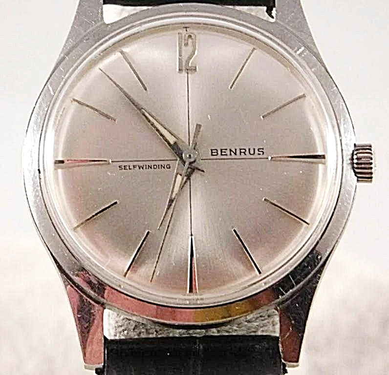 Benrus Automatic Stainless Steel Silver Sunburst Dial Mens Vintage Watch....34mm