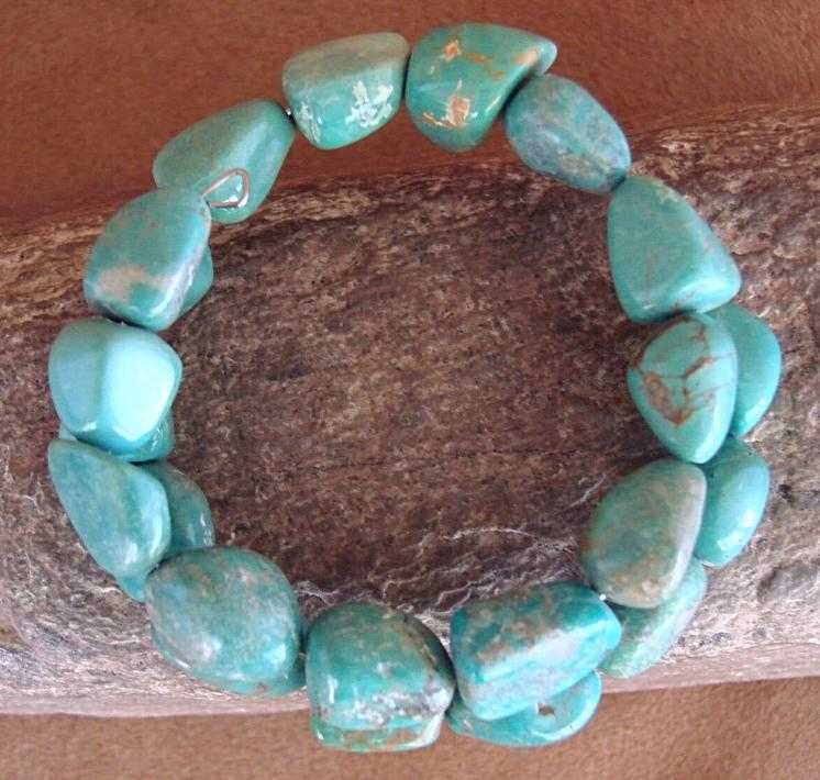 Native Indian Navajo Turquoise Memory Wire Bracelet by Yazzie | The Vintage Outlet