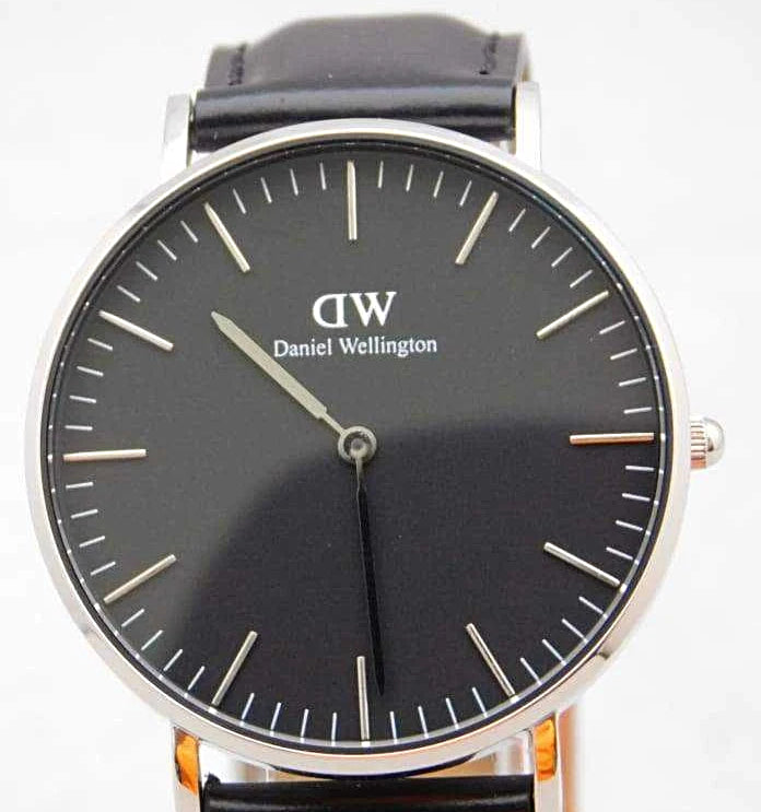 Daniel Wellington Classic Sheffield Black Dial Watch DW00100145....36mm - Wristwatches