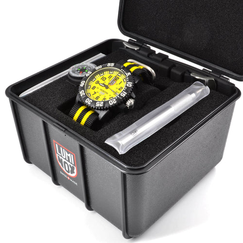 Luminox Men's Watch Set Navy Seal 3950 Series Yellow & Black Strap 3955.SET....44mm