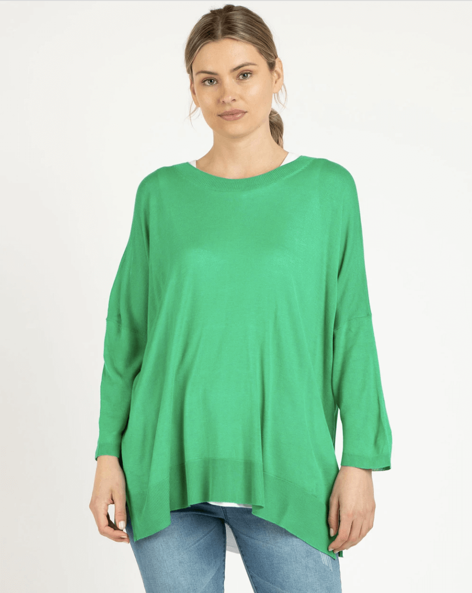 Betty Basics Macy Knit Jumper in Apple BB448W21