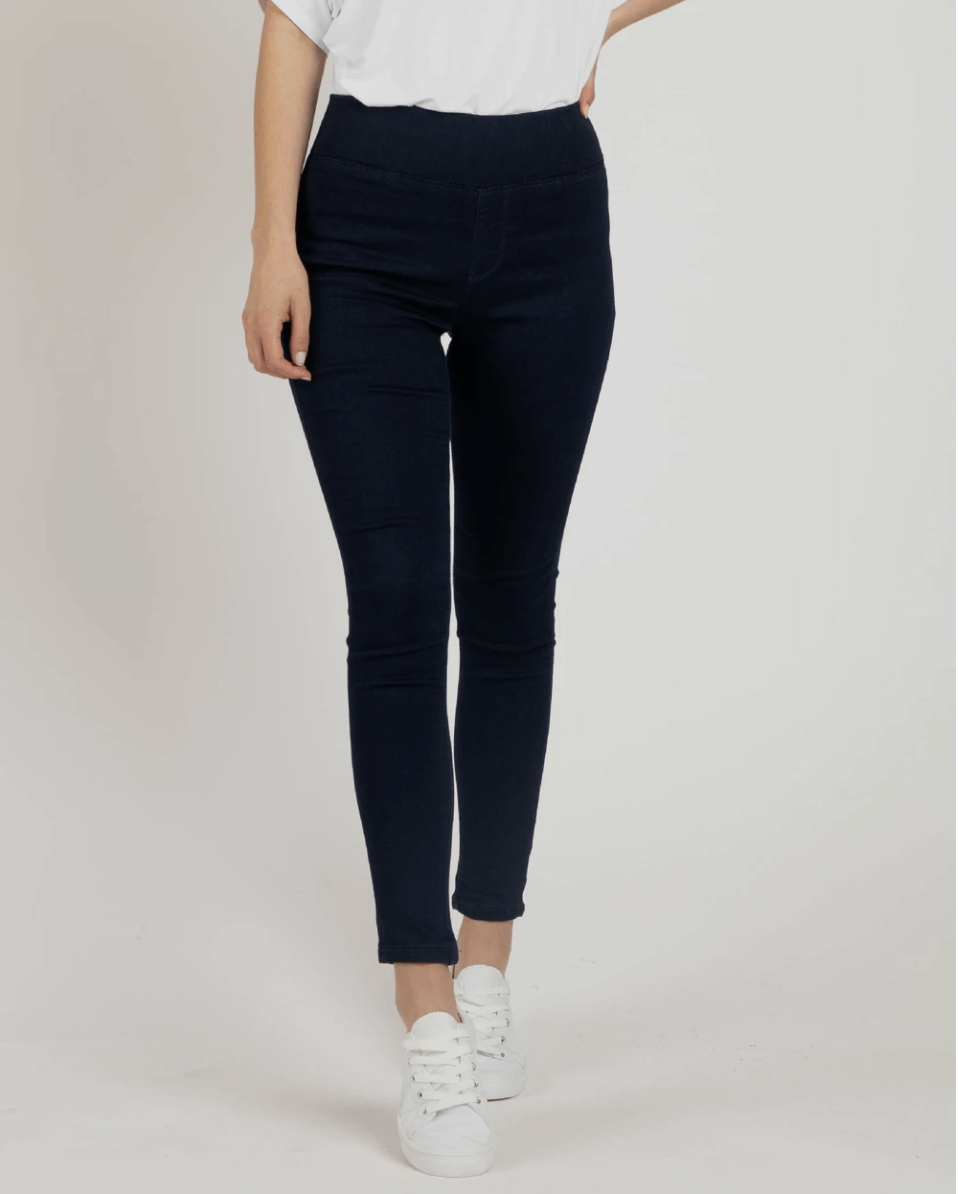 Betty Basics Miller Stretch Jean in Dark Blue BB837W21