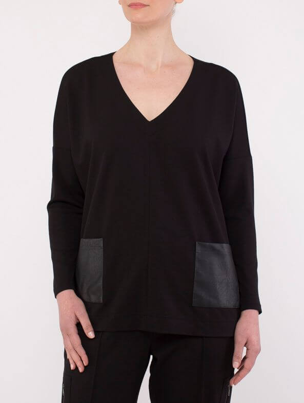 Ping Pong V-Neck Ponti Black Top 505210