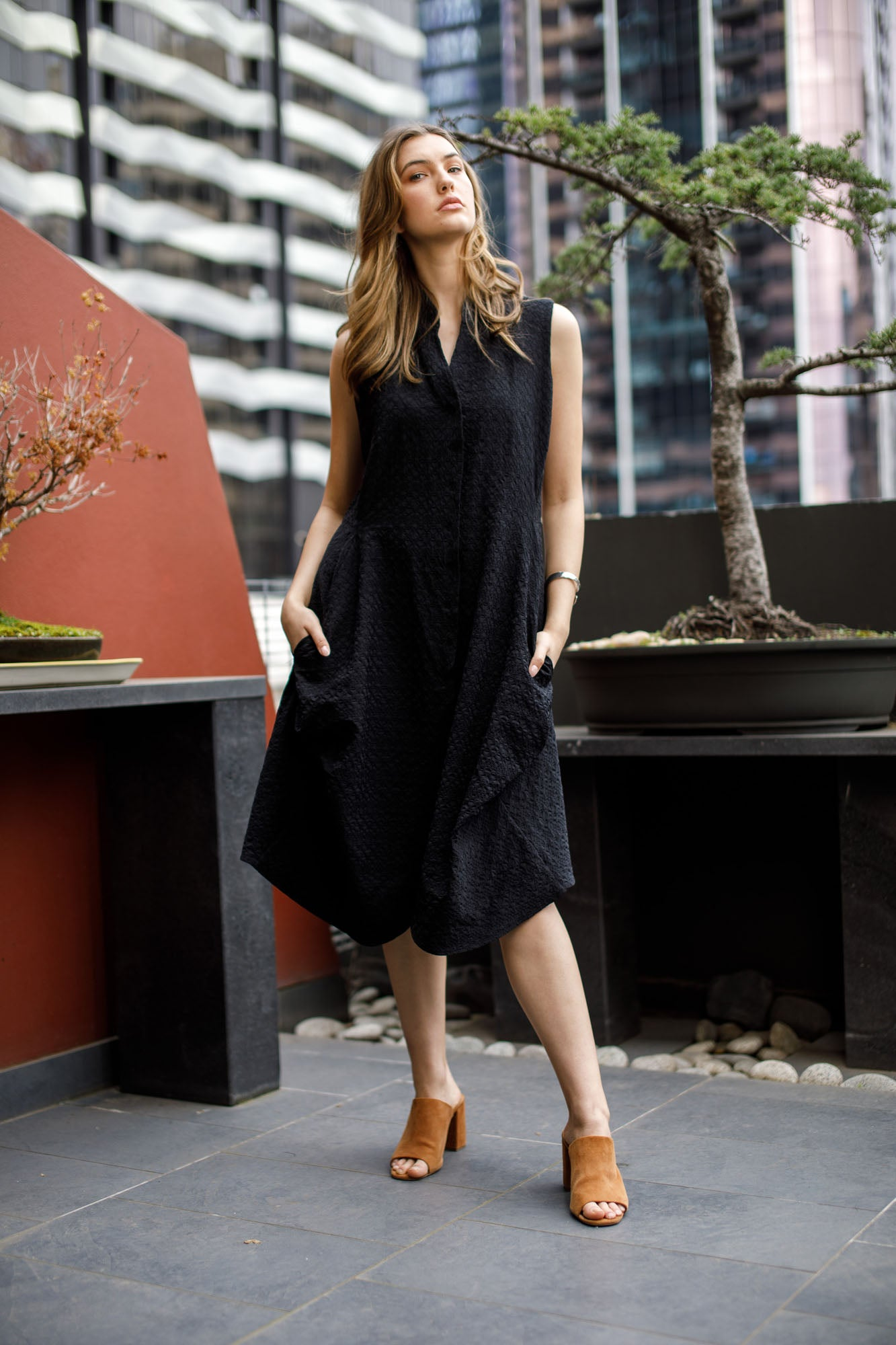 Black Long Tucked Vest 7233