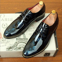 Load image into Gallery viewer, Golden Edge Men's Dress Shoes