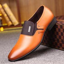 Load image into Gallery viewer, Luxury Pointy Men's Business Dress Shoes