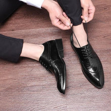 Load image into Gallery viewer, Luxury Fashion Men Dress shoes