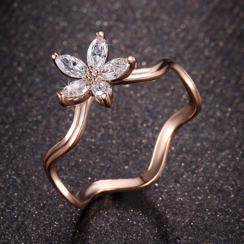 Zirconia Flower Ring