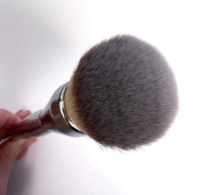 It Cosmetics Live Beauty Fully no 211 All Over Powder Brush