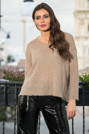 Queencii – Nancy V-Neck Sweater Light Brown