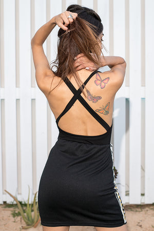 Queencii – Evelyn Cross Back Bodysuit Black