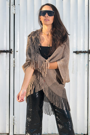 Queencii – Claire Knitted Cape Scarf Beige