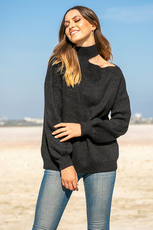 Queencii – Alys Open Shoulder Sweater Black