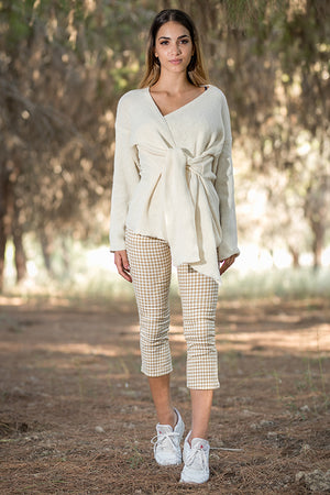 Queencii – Amalfi Plaid Skinny Cropped Pants Beige