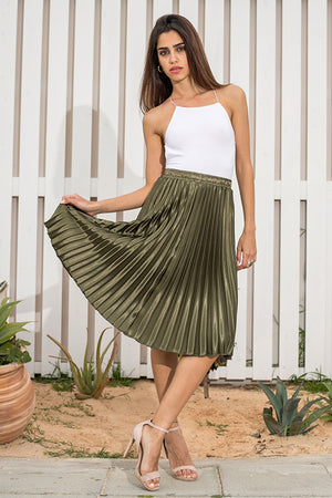 Queencii – 65cm Long Glow Night Metallic Pleated Long Skirt Green