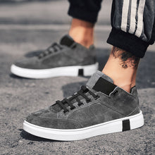 Buckle Up Breathable Bottom Waist Men's Sneakers