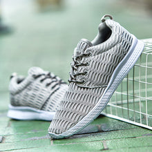 Casual  Mesh Cloth Breathable Sneaker
