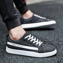 Air Slide Patchwork Lace Up Men's Sneakers