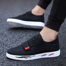 Breathable Lightweight Velcro Men's Flat Shoes