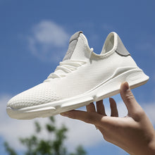 Fly-knitted Mesh Breathable Sneaker