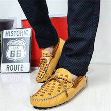 Breathable Comfort Peas Sleeve Foot Men's Casual Shoes