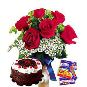 6 Red Roses, 1/2kg Cake & Chocolates