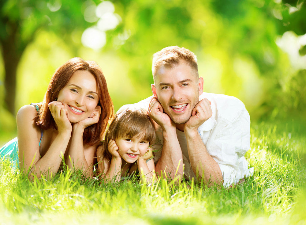 happy healthy family who consume silica