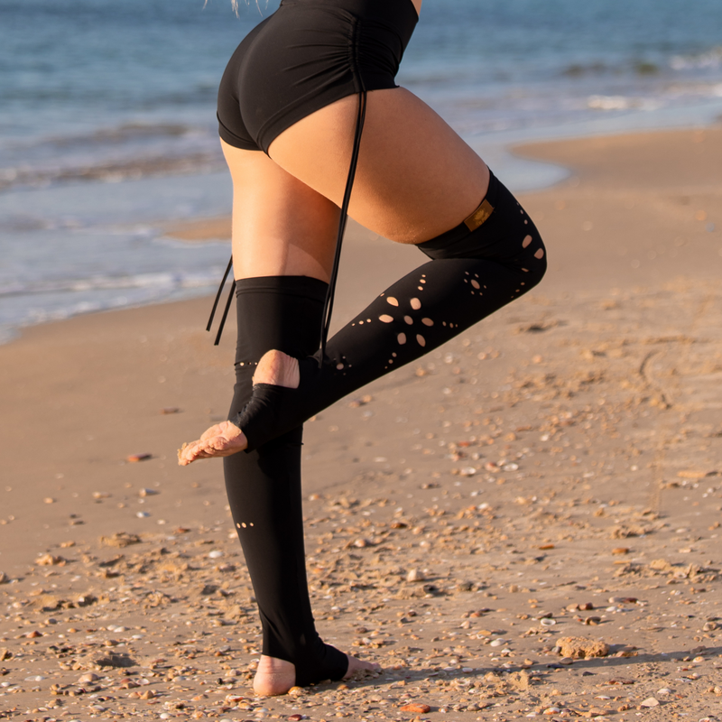 Flowers Cut Out Over The Knee Leg Warmers In Black