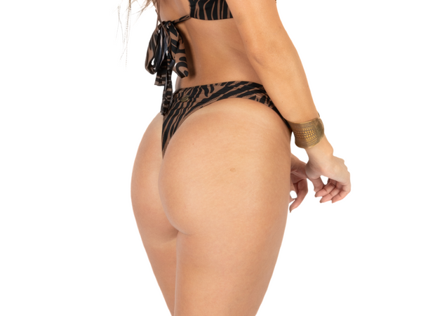 "Thong For Women ""GAL"" In Brown & Black Print"