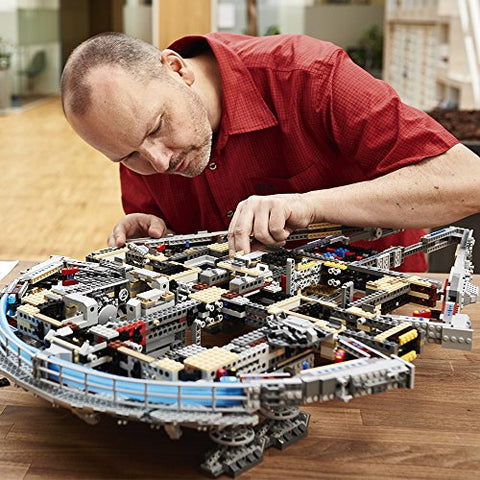LEGO Ultimate Millennium Falcon (7541 Pieces)