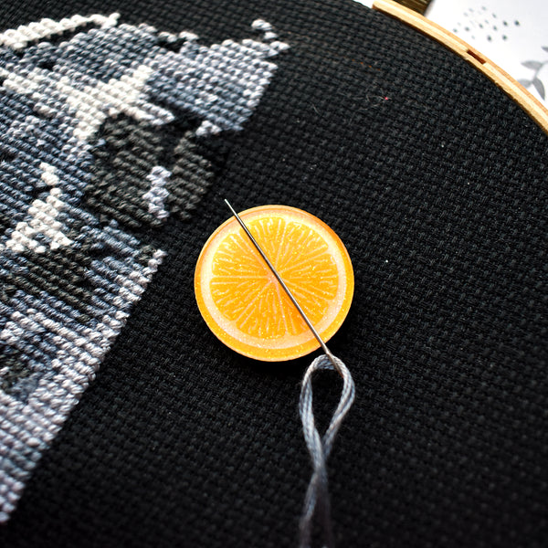 Orange Slice Needle Minder
