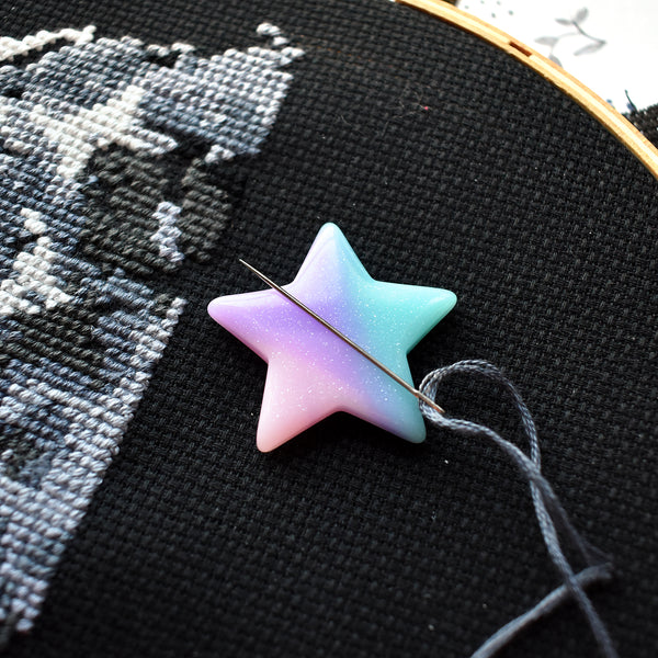 Pastel Galaxy Star Needle Minder