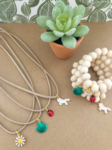 The Natural Collection: Sweet + Simple Necklace and Bracelet Set