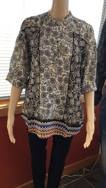 Women's Black & white print boho blouse