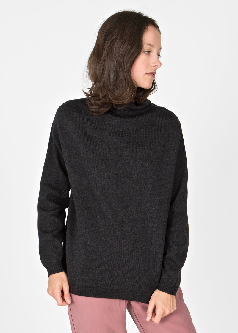 Charlotte turtleneck / Charcoal