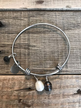 Lava Essential Oil Diffusser Bracelet -Aromatherapy Diffuser - Lava Rock Essential Oil Jewelry Adjustable Bangle Freshwater Pearl Bracelet