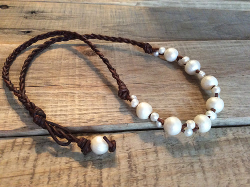 Beach jewelry - Leather and Pearl Necklace - Freshwater Pearls, Boho Beach Cottage Chic