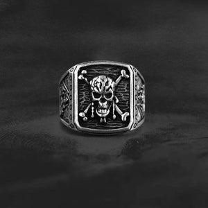 pirate rings mens pirate rings pirate skull ring silver pirate rings pirate rings for sale sterling silver pirate rings skull rings for men skull ring skull rings for women