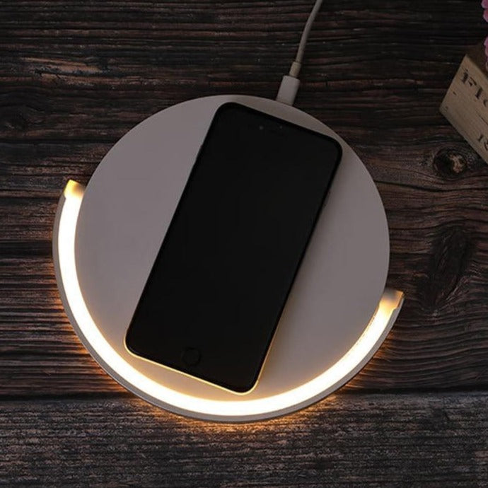 wireless charging pad, samsung wireless charger, apple wireless charger, wireless charger, iphone wireless charger, iphone 8 wireless charging, iphone xr wireless charging, iphone 7 wireless charging, wireless phone charger, best wireless charger