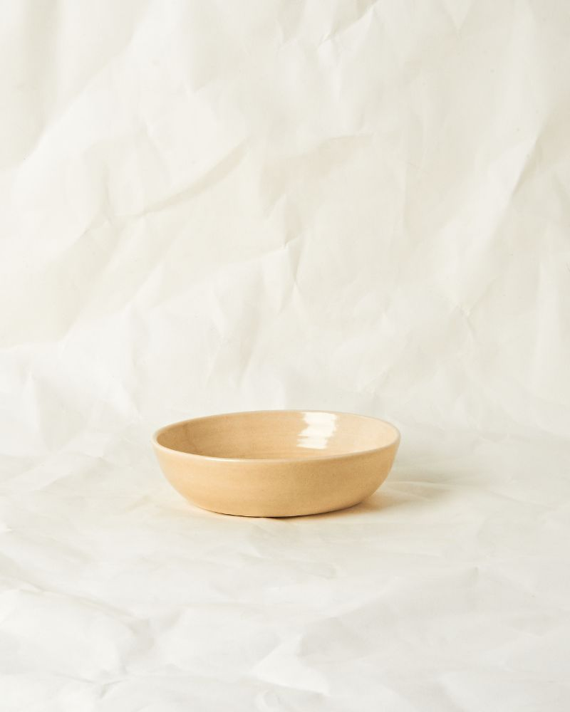Serving bowl set in Oatmeal