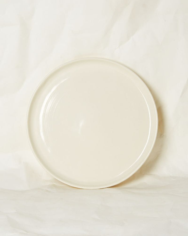Large plate in Milk