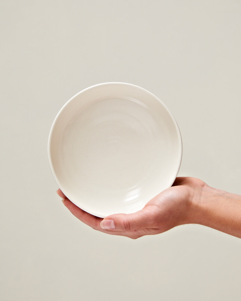 Serving bowl set in Milk