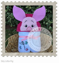 Silly Little Pig Hooded Bath Towel